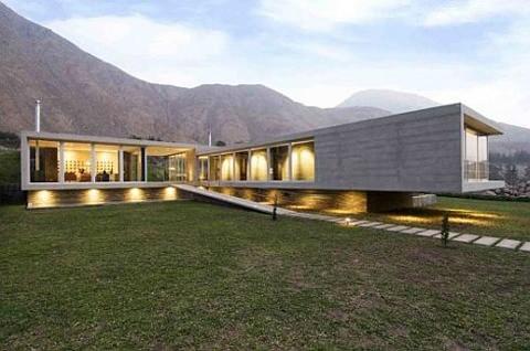los-andes-house-by-juan-carlos-doblado-1