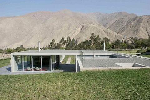 los-andes-house-by-juan-carlos-doblado-2