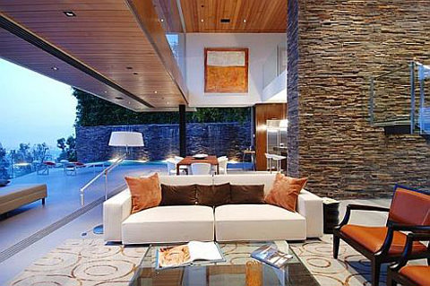 luxurious-property-with-stunning-views-in-la-3