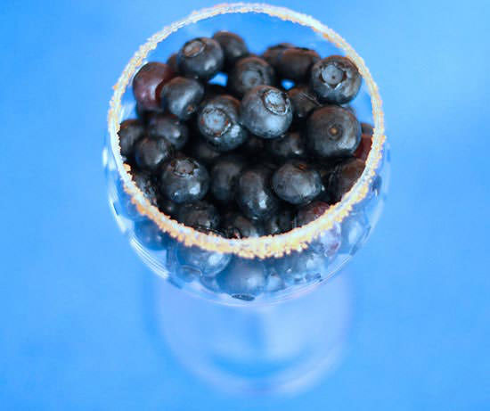 19-commercialfree-food-photos-blueberries
