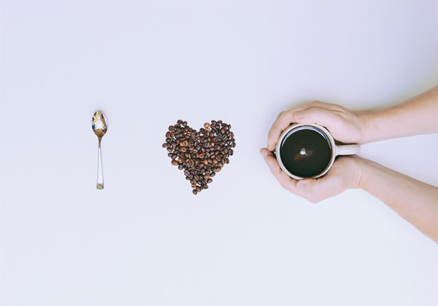 I-Love-Coffee-With-Beans-And-Hands-Holding-Mug