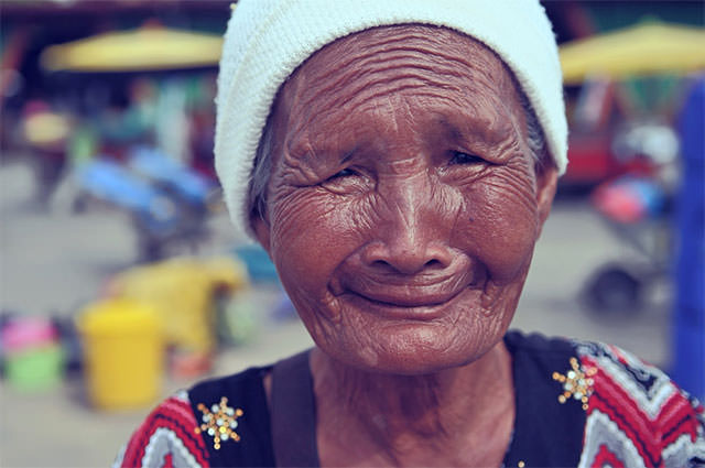 Old-Lady-With-Wrinkles-And-Smile